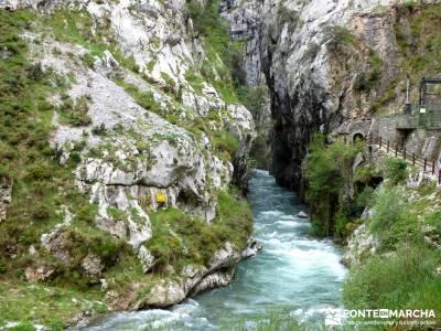 Ruta del Cares - Garganta Divina - Parque Nacional de los Picos de Europa;viajes de verano
